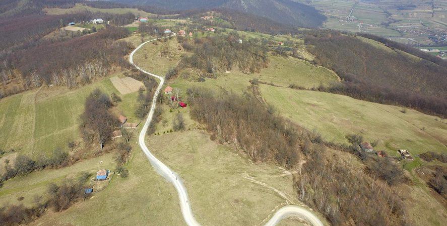 Alergare montana in Padurea Craiului Zece Hotare Traseul Pojorata