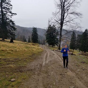 Alergare montana Valea Iadului Padurea Craiului traseul albastru