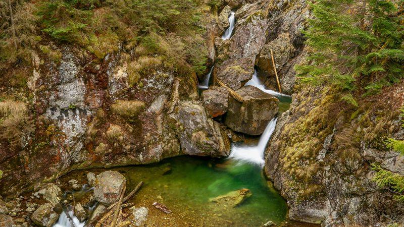 Padurea Craiului Valea Iadului Circuitul Cascadelor Iadolina