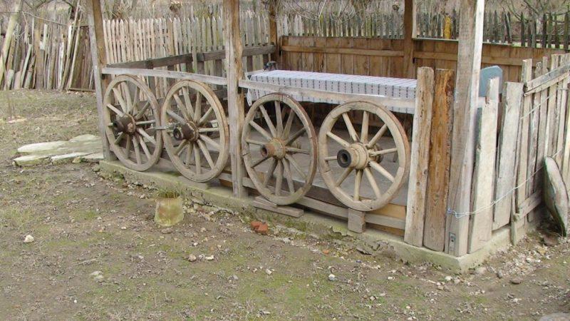 Padurea Craiului casa traditionala Morgovan Floare