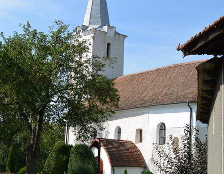 Cicloturism Valea Rosia Biserica Reformata Remetea T