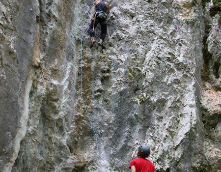 Padurea Craiului Lazuri escalada