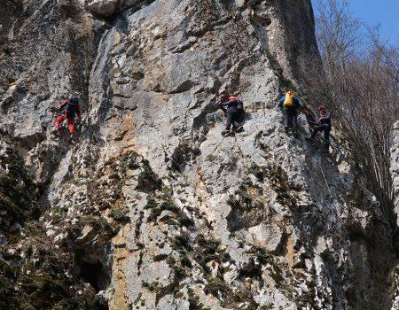 Padurea Craiului Valea Rosia via ferrata Cheile Cutilor