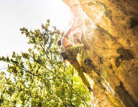 Padurea Craiului spre varf Vadu Crisului escalada