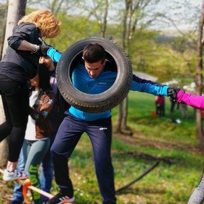 Padurea Craiului cu colegii la munte teambuilding